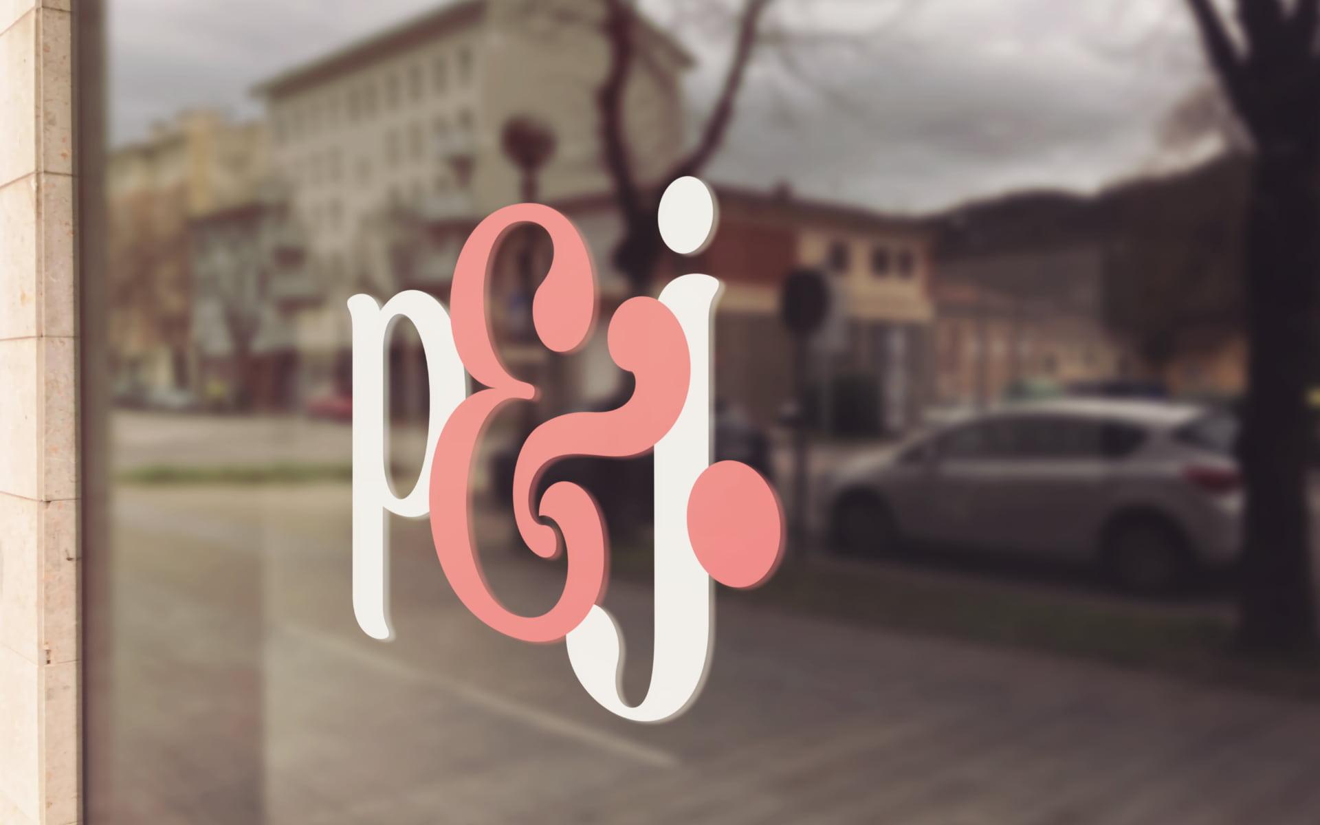 Logo facade